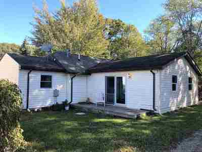 Jackson MI Single Family Home For Sale: $88,000