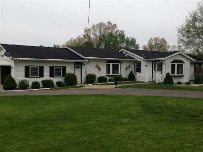 Jackson MI Single Family Home For Sale: $239,900
