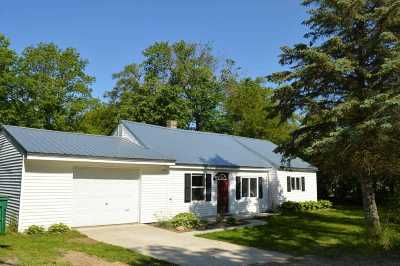 Onondaga Single Family Home For Sale: 4790 Onondaga Rd