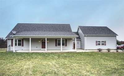 Onondaga Single Family Home For Sale: 12155 River Crest