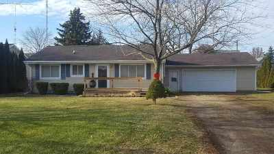 Lenawee County Single Family Home Contingent - Financing: 3714 Treat Hwy