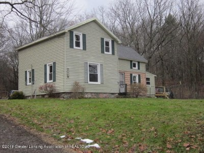 Parma Single Family Home For Sale: 4002 Wellman Rd