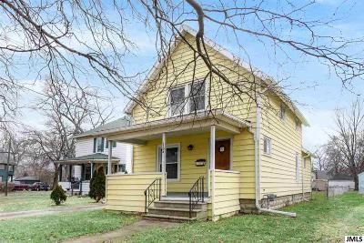 Jackson MI Single Family Home For Sale: $65,000