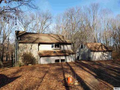 Jackson County Single Family Home For Sale: 2650 Bader Rd