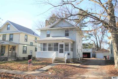 Single Family Home For Sale: 1030 Woodbridge St