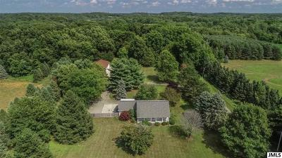 Mason Single Family Home For Sale: 637 Ives Rd