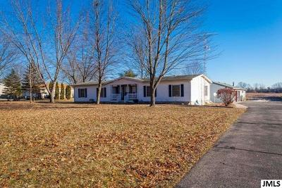 Jackson County Single Family Home For Sale: 3123 Whipple