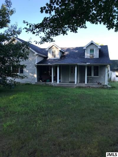 Jackson MI Single Family Home For Sale: $325,000
