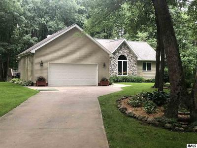 Parma Single Family Home Contingent - Financing: 1972 Campbell Lake Dr