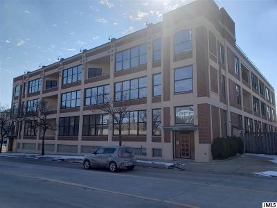 Jackson Condo/Townhouse For Sale: 109 W Washington Ave