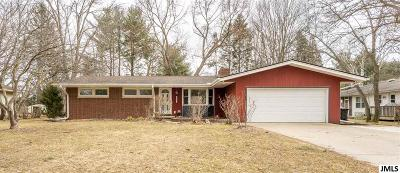 Jackson County, Hillsdale County, Lenawee County, Washtenaw County Single Family Home For Sale: 6121 Crest Rd