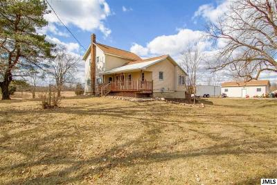 Jackson County Single Family Home For Sale: 1346 E Vicary Rd
