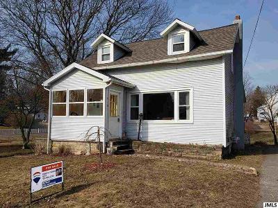 Stockbridge Single Family Home Contingent - Financing: 416 S Center St