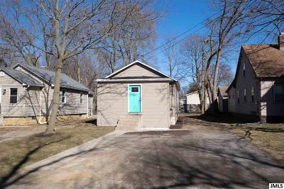 Jackson MI Single Family Home For Sale: $55,000