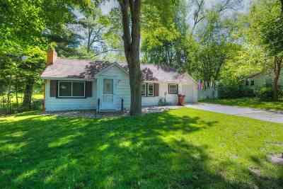 Holt Single Family Home For Sale: 1940 N Aurelius