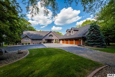 Jackson County, Lenawee County, Hillsdale County Single Family Home For Sale: 6083 Browns Lake Rd