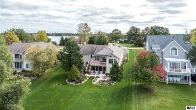 Onsted Single Family Home Contingent - Financing: 7764 Wexford Ct