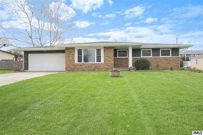 Jackson County Single Family Home For Sale: 4440 Bonnymede Ln