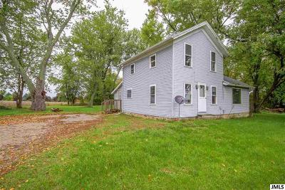Jonesville Single Family Home For Sale: 5374 E Chicago Rd