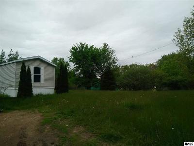 Osseo Single Family Home For Sale: 3620 Blackbridge