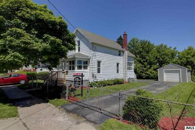 Single Family Home For Sale: 330 Jefferson St