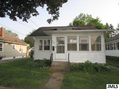 Jackson MI Single Family Home For Sale: $36,000