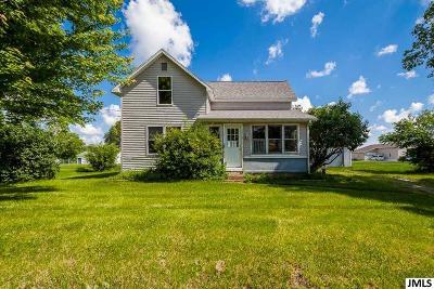 Jackson County Single Family Home For Sale: 310 Jackson St