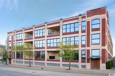 Jackson Condo/Townhouse For Sale: 109 W Washington Ave