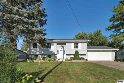 Single Family Home Contingent - Financing: 187 S Rosewood