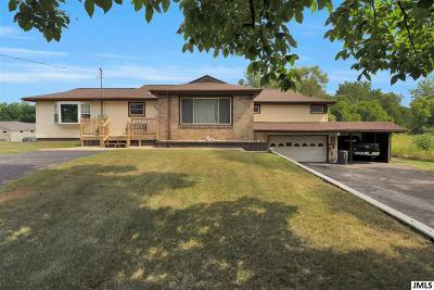 Jackson MI Single Family Home For Sale: $192,000