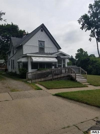 Jackson Single Family Home For Sale: 318 Taylor St