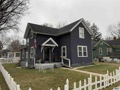 Jackson Single Family Home For Sale: 153 E High St