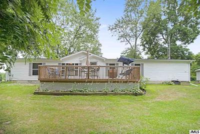 Single Family Home Contingent - Financing: 1702 Munith Rd
