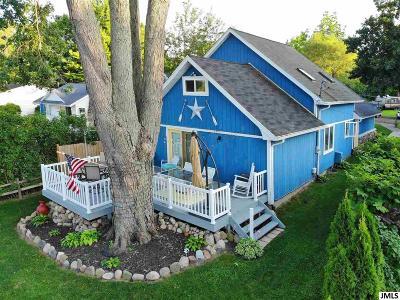 Pleasant Lake MI Single Family Home For Sale: $199,900