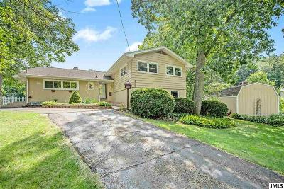 Single Family Home For Sale: 280 Lake Hills Dr