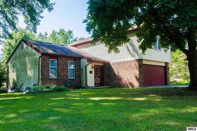 Jackson MI Single Family Home For Sale: $174,900