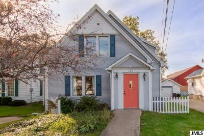 Single Family Home For Sale: 108 Hague Ave