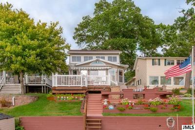 Single Family Home For Sale: 2286 Bartlett Rd