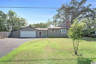 Single Family Home For Sale: 735 S Clover Hill Dr