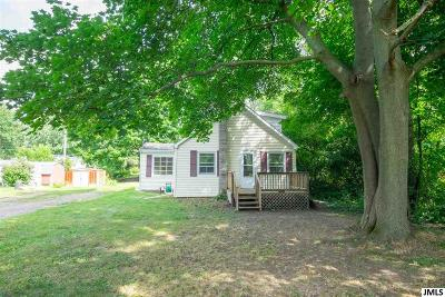 Jackson County Single Family Home For Sale: 1149 Winifred St