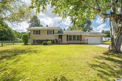 Single Family Home For Sale: 3720 St Anne