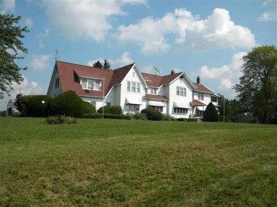 Washtenaw County Single Family Home For Sale: 11080 E Austin Rd