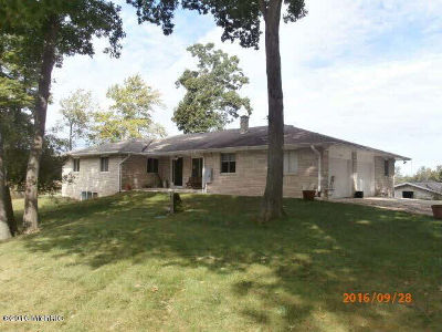 Jackson County, Hillsdale County, Lenawee County, Washtenaw County Single Family Home For Sale: 7880 Poplar Ln