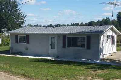 Brooklyn MI Single Family Home For Sale: $123,900