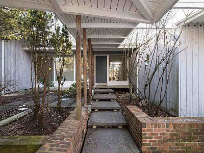 Washtenaw County Single Family Home Contingent - Financing: 341 Corrie Rd