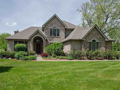 Washtenaw County Single Family Home For Sale: 5103 Forest View Ct