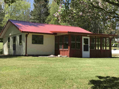 Montgomery MI Single Family Home For Sale: $92,000