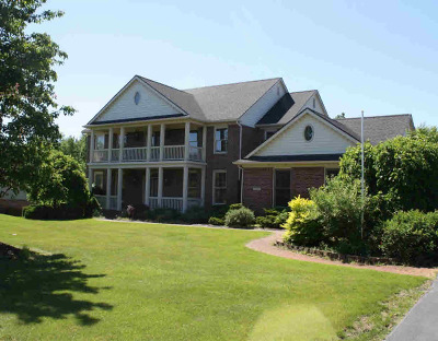 Washtenaw County Single Family Home For Sale: 1795 Brookview Dr