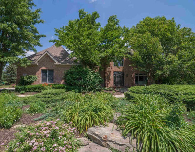 Washtenaw County Single Family Home Contingent - Financing: 4111 Timber Ridge Dr