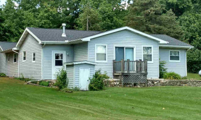 Hillsdale County Single Family Home For Sale: 4855 Fitzpatrick Rd